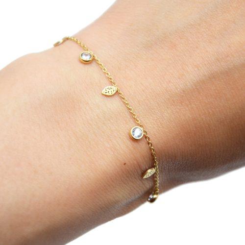 Bracelet-Fine-Chaine-avec-Mini-Pampilles-Feuilles-Acier-Dore-et-Pierres