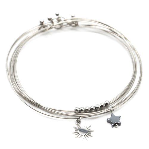 Bracelet-Semainier-Multi-Joncs-Acier-Argente-avec-Billes-Soleil-et-Perle-Etoile-Grise