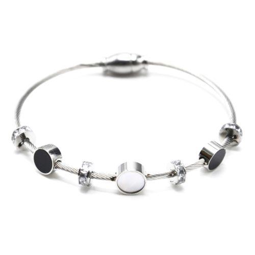 Bracelet-Jonc-Aimante-Acier-Argente-avec-Cercles-Resine-Noire-Nacre-et-Anneaux-Strass