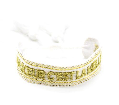 Bracelet-Manchette-Tissee-Blanc-Ma-Soeur-C-est-La-Meilleure-Dore-avec-Pompons