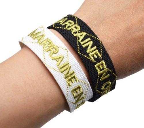 Bracelet-Manchette-Tissee-Marraine-en-Or-Dore-avec-Pompons