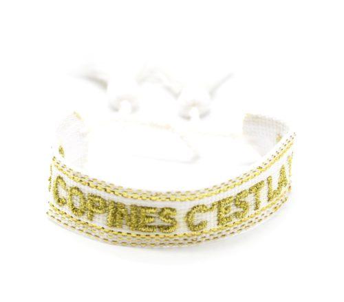 Bracelet-Manchette-Tissee-Blanc-Les-Copines-Cest-La-Vie-Dore-avec-Pompons