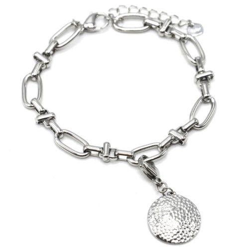 Bracelet-Chaine-Maillons-Mixtes-avec-Charm-Medaille-Relief-Graine-Acier-Argente