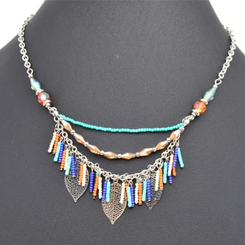 Collier-Multi-Rangs-Chaines-Perles-Multicolore-et-Charms-Feuilles-Ajourees-Metal-Argente