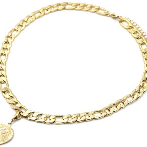 Collier-Chaine-Maillons-Plats-avec-Charm-Medaille-Martelee-Soleil-Acier-Dore