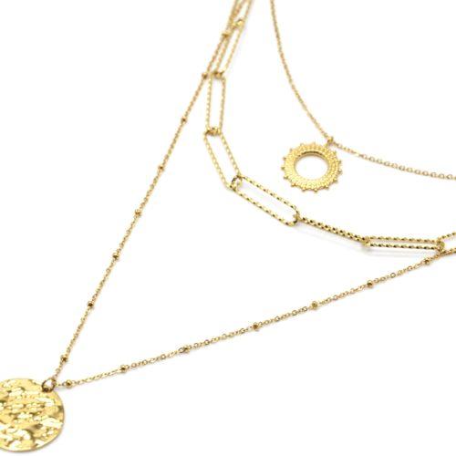 Collier-Triple-Chaines-avec-Soleil-Maillons-et-Medaille-Martelee-Acier-Dore