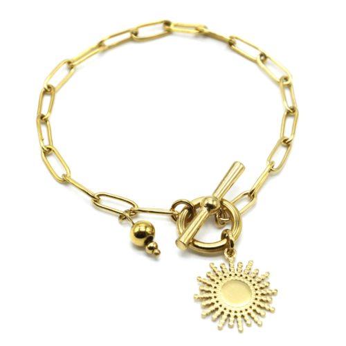Bracelet-Chaine-Maillons-Fermoir-T-avec-Pampille-Soleil-Acier-Dore