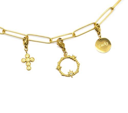 Charm-Croix-Ovale-Etoiles-et-Medaille-Lucky-Acier-Dore