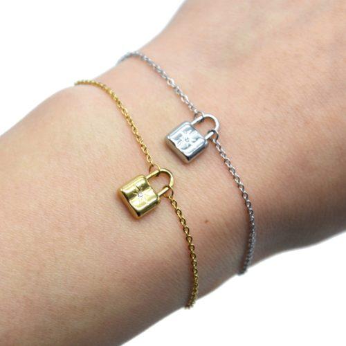 Bracelet-Fine-Chaine-avec-Pampille-Cadenas-Etoile-Acier