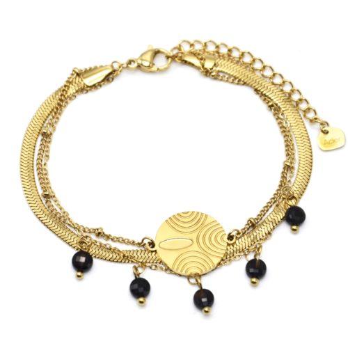 Bracelet-Triple-Chaines-Billes-Serpentine-Medaille-Acier-Dore-et-Pierres-Noires