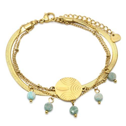 Bracelet-Triple-Chaines-Billes-Serpentine-Medaille-Acier-Dore-et-Pierres-Vertes