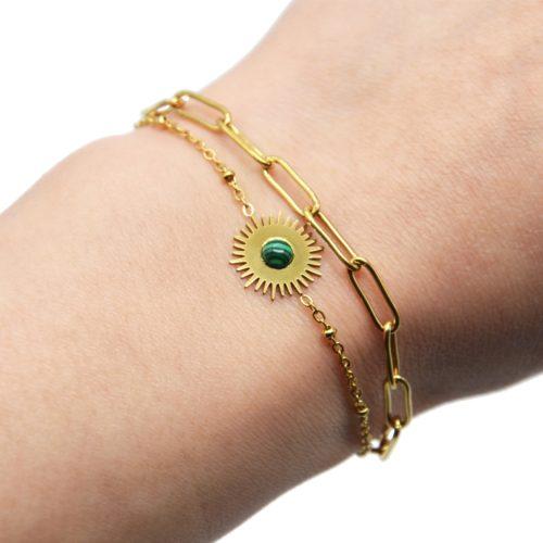 Bracelet-Double-Chaines-Billes-Maillons-Soleil-Acier-Dore-et-Pierre-Verte
