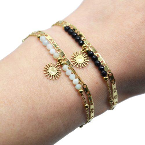 Bracelet-Double-Chaines-Maillons-Plats-Billes-avec-Soleil-Acier-Dore-et-Pierres