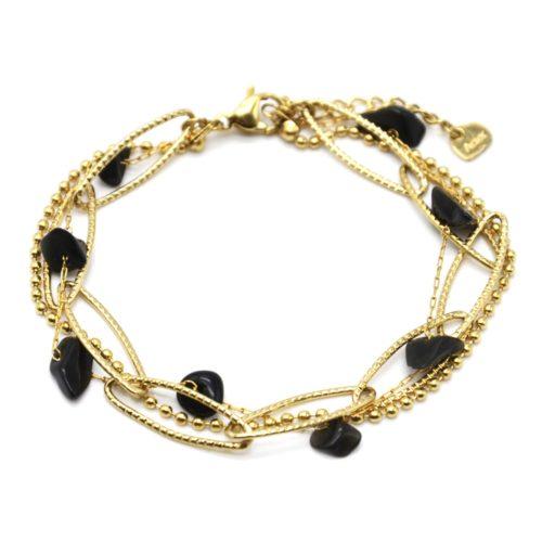 Bracelet-Triple-Chaines-Maillons-Larges-Billes-Acier-Dore-et-Pierres-Noires