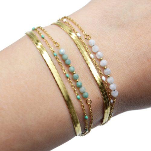 Bracelet-Triple-Chaines-Serpentine-Acier-Dore-Perles-Email-et-Pierres