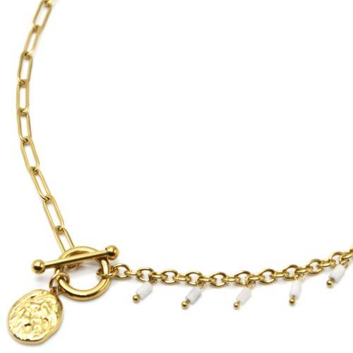 Collier-Chaine-Maillons-Mixtes-Cercle-Barre-Charm-Martele-Acier-Dore-et-Perles-Blanches