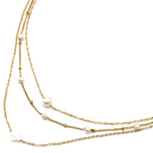 Collier-Triple-Chaines-Acier-Dore-Perles-dEau-Douce-et-Trefle-Nacre