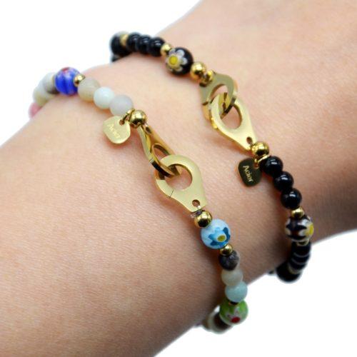 Bracelet-Elastique-avec-Perles-Motif-Fleur-et-Menottes-Acier-Dore