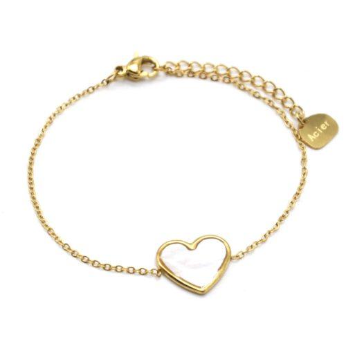 Bracelet-Fine-Chaine-avec-Coeur-Nacre-Contour-Acier-Dore