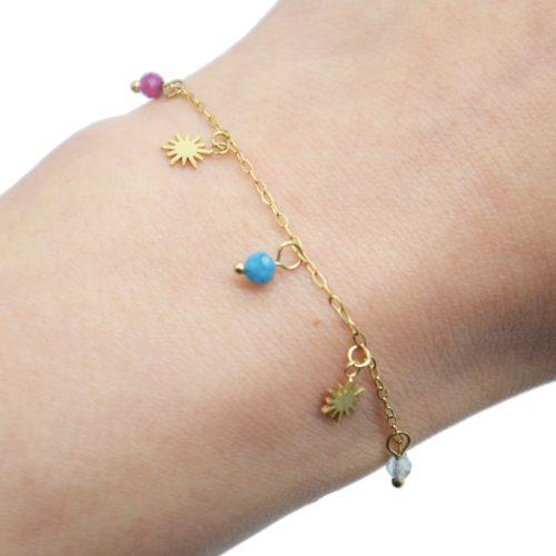 Bracelet-Chaine-avec-Pampilles-Soleils-Acier-Dore-et-Pierres-Multicolores