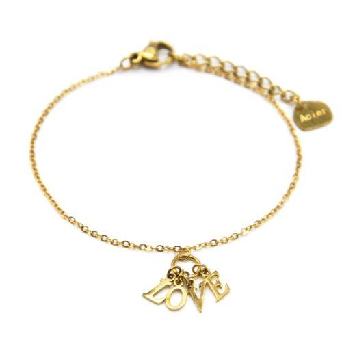 Bracelet-Fine-Chaine-avec-Pampilles-Lettres-LOVE-Acier-Dore