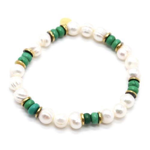 Bracelet-Perles-dEau-Douce-et-Pierres-Vertes-avec-Anneaux-Acier-Dore