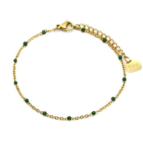 Bracelet-Fine-Chaine-Acier-Dore-avec-Mini-Perles-Email-Vert